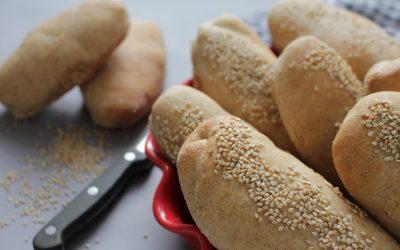 לחמניות סנדוויץ' מקמח כוסמין מלא אורגני ושיבולת שועל