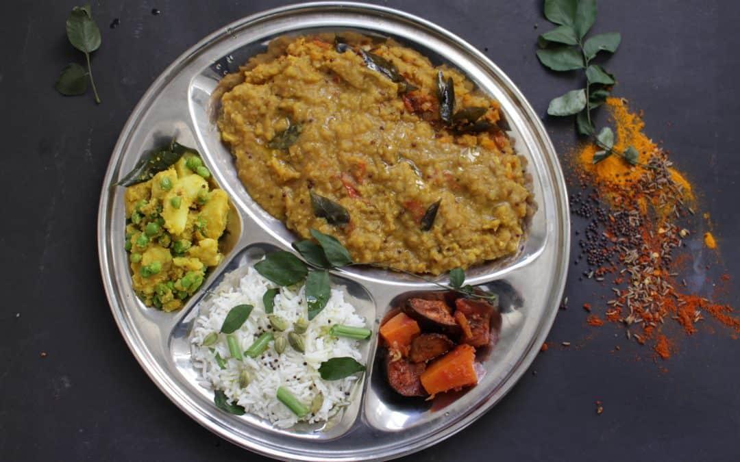 דאל הודי טבעוני – טאלקה דאל, תבשיל עדשים עשיר ומתובל, מהמטבח ההודי