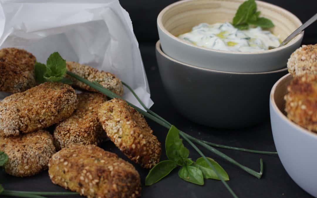 קרוקטים – ניגיסוני ירקות טבעוניים – אפויים בתנור, נטולי גלוטן, בליווי צזיקי מטריף