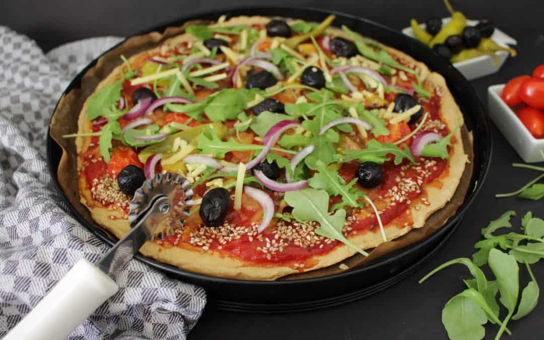 פיצה פליאו – טבעונית, ללא גלוטן, טעימה בטירוף! מתכון מהפכני!
