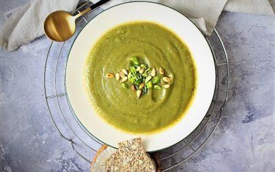 מרק ברוקולי ירוק עד –  3 מרכיבים בלבד, ללא טיפת שמן – מ ה מ ם