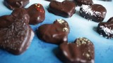 לבבות שוקולד ממולאים ומהממים, הכל הכל תוצרת בית!