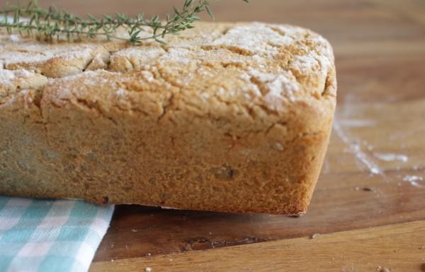 כיכר לחם מטריפה, ללא גלוטן, מתאימה בול לשולחן החג!