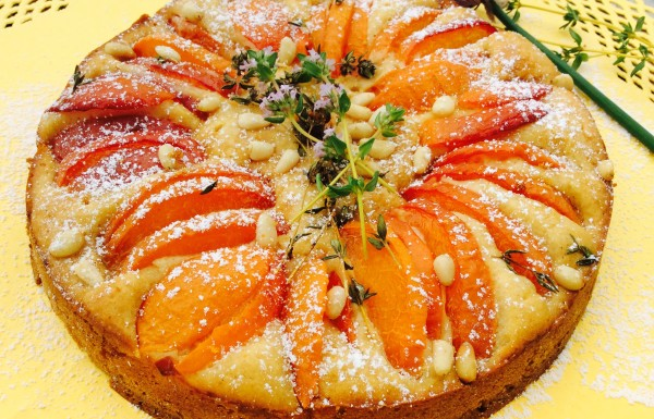 עוגת יוגורט, משמשים וטימין…ועוד נטולת גלוטן